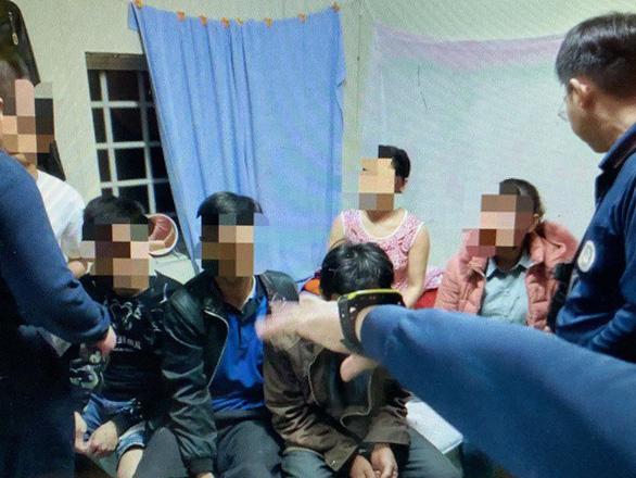 10 du khách Việt bị bắt tại Đài Loan đã khai gì? - Ảnh 3.