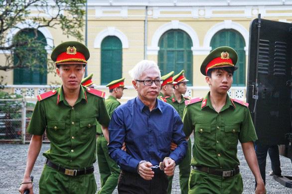 Gây thất thoát 8.800 tỉ đồng, ông Trần Phương Bình tiếp tục hầu tòa - Ảnh 1.