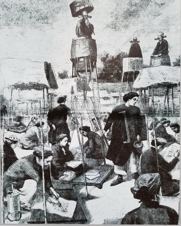 Xem hình ảnh 320 năm Sài Gòn TP.HCM tại phố đi bộ Nguyễn Huệ - Ảnh 3.