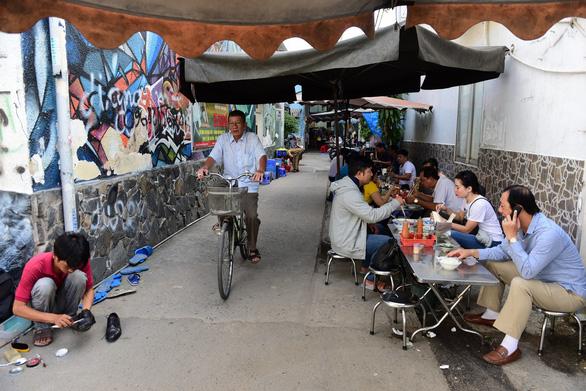 Đến Sài Gòn là đến với thiên đường ẩm thực - Ảnh 2.