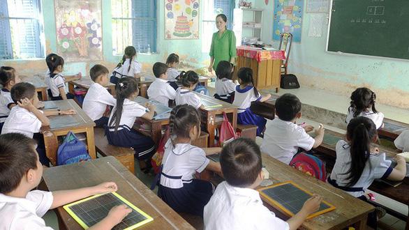 Chương trình giáo dục mới: Vừa thực hiện vừa khắc phục khó khăn - Ảnh 3.