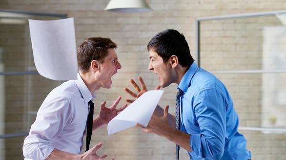 Tranh luận với đồng nghiệp thế nào cho văn minh? - Ảnh 1.