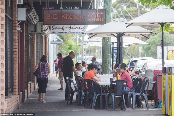 Bị băng gốc Phi cướp bóc, người Việt ở Melbourne có thể tuyên chiến - Ảnh 2.