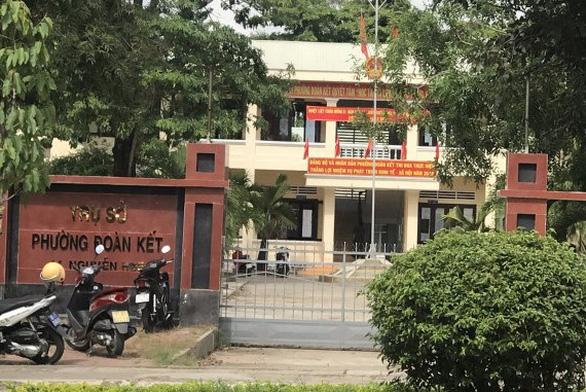 Nổ súng tại trụ sở, phó chủ tịch HĐND phường bị bắn chết - Ảnh 2.