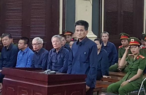 Ông Trần Phương Bình ân hận vì suốt 10 năm che giấu sai phạm - Ảnh 2.