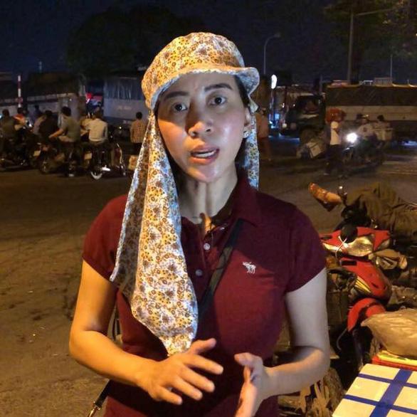 Hai phóng viên điều tra vụ bảo kê chợ Long Biên bị dọa giết - Ảnh 1.