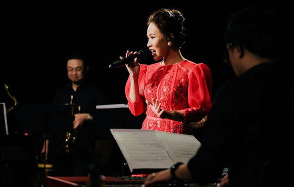 Music home live with Anh Em và cách làm live show... qua mạng - Ảnh 1.