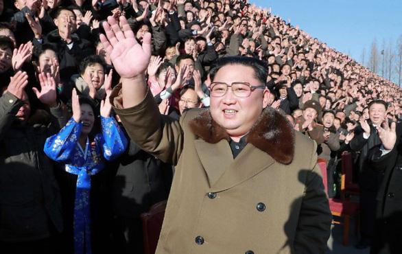 Ông Kim Jong Un viết thư gửi thông điệp năm mới cho Hàn Quốc - Ảnh 1.