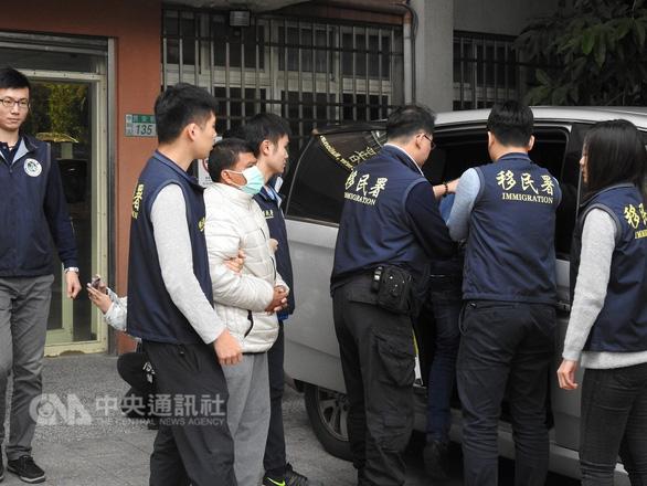 Đài Loan tạm giữ 21 du khách Việt, nghi ngờ các nhóm buôn người  - Ảnh 1.