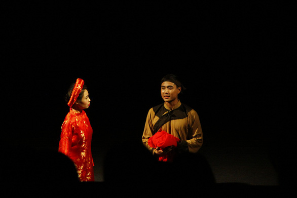 Thanh Sơn: hot boy màn ảnh nhỏ mê đắm tiếng vỗ tay sàn diễn - Ảnh 5.