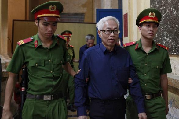 Ông Trần Phương Bình khai nghĩ Vũ nhôm biết nguồn gốc 200 tỉ - Ảnh 1.