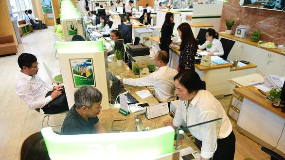 Ngành thuế yêu cầu cung cấp thông tin tài khoản: ngân hàng lo bị lạm dụng - Ảnh 1.