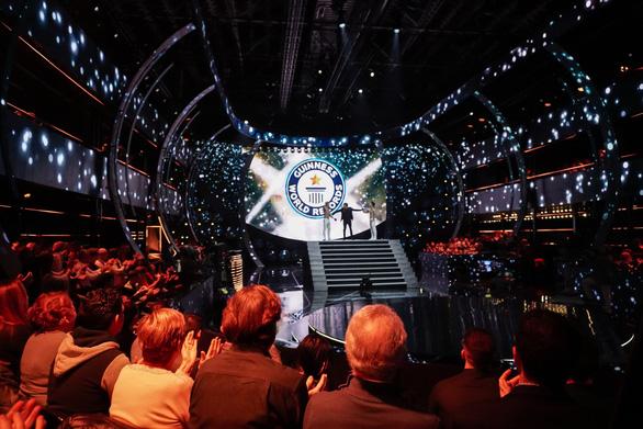 Quốc Cơ, Quốc Nghiệp chính thức được công nhận kỷ lục Guinness mới - Ảnh 4.