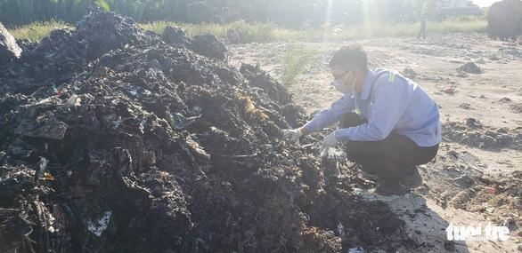 Vụ đem chất thải san lấp mặt bằng: khai quật tiếp điểm nghi chôn lấp - Ảnh 5.