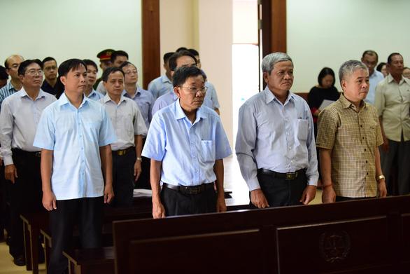 Cựu phó thống đốc Đặng Thanh Bình được hưởng án treo - Ảnh 1.