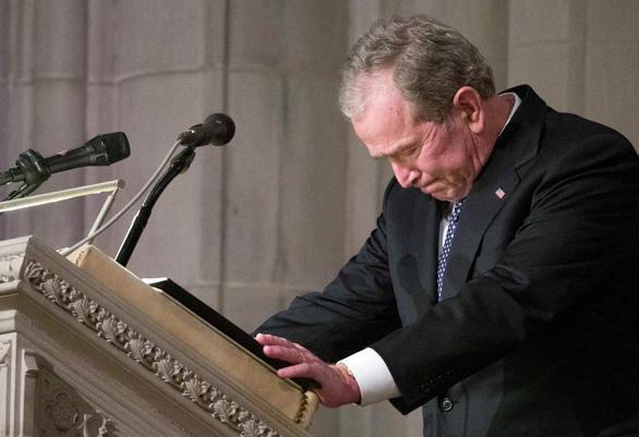 4 cựu tổng thống Mỹ dự tang lễ tổng thống Bush cha - Ảnh 3.