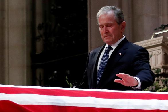 4 cựu tổng thống Mỹ dự tang lễ tổng thống Bush cha - Ảnh 4.