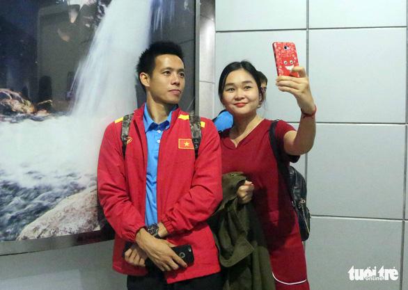 Tuyển Việt Nam đã đến Malaysia chuẩn bị trận chung kết AFF Cup - Ảnh 13.
