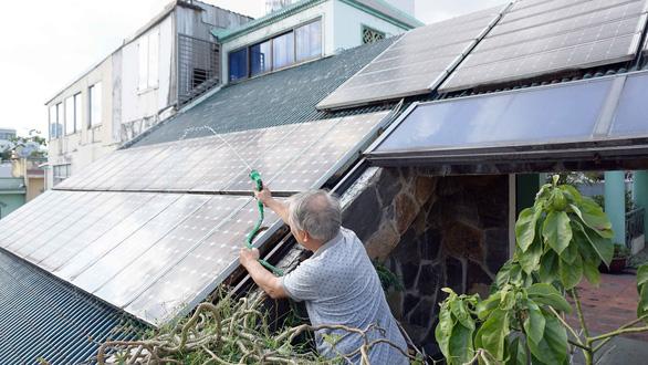 Khuyến khích làm điện mặt trời, bán cho EVN - Ảnh 1.