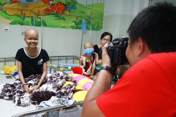 750 ảnh chân dung trẻ em và bệnh nhân ung bướu  xúc động - Ảnh 7.
