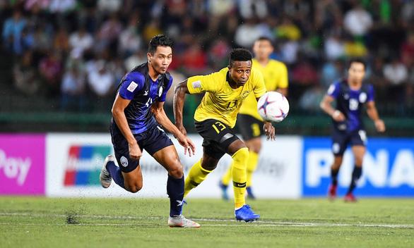Cầu thủ nhập tịch tiết lộ: Đội tuyển Malaysia đang rất mệt mỏi - Ảnh 1.