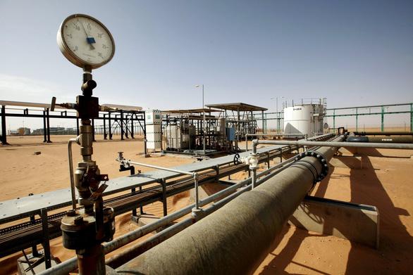 Thế giới tham nhũng khủng khiếp của ngành dầu khí - Ảnh 3.