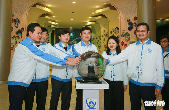 Robot, máy in 3D tại triển lãm sinh viên Việt Nam - Ảnh 2.