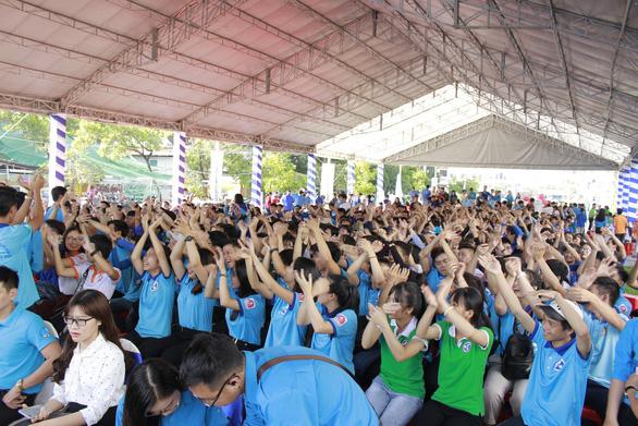 Sôi động Ngày hội quốc tế những người tình nguyện - Ảnh 1.