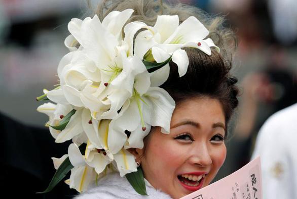 Thiếu nữ Nhật rạng rỡ kimono trong lễ trưởng thành - Ảnh 13.