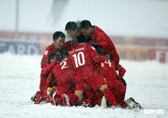 Thế giới trong tuần qua ảnh: Việt Nam giành á quân U23 châu Á trên sân tuyết - Ảnh 2.
