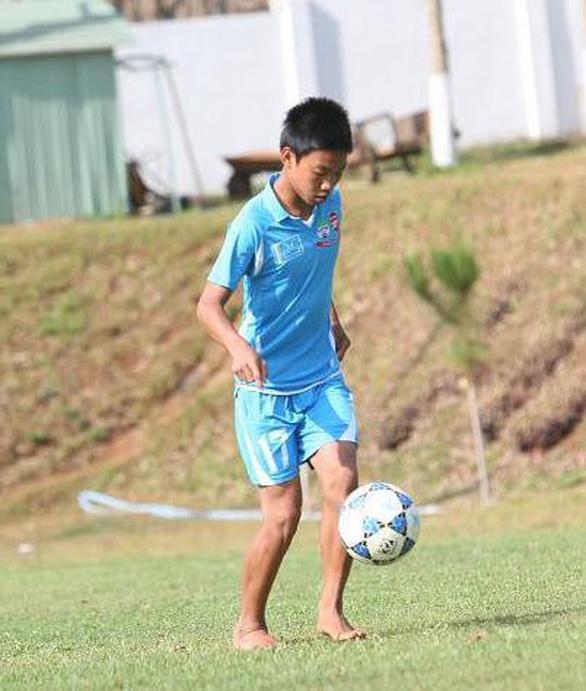 Loạt ảnh bé thơ đốn tim fan nữ của U23 Việt Nam - Ảnh 14.