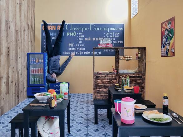 Check-in nhà úp ngược ở Đà Nẵng - Ảnh 7.