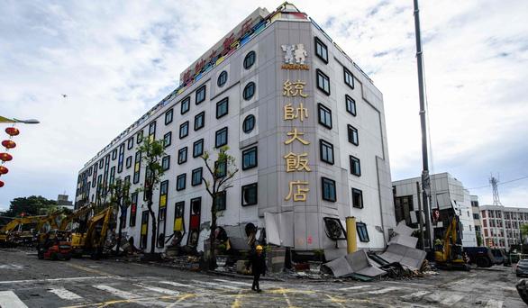 Chó cứu hộ cứu được người mắc kẹt sau 15 giờ tại Đài Loan - Ảnh 3.