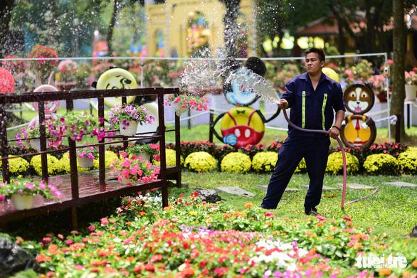 Hội hoa xuân Tao Đàn đã mở cửa đợi khách thưởng hoa - Ảnh 15.