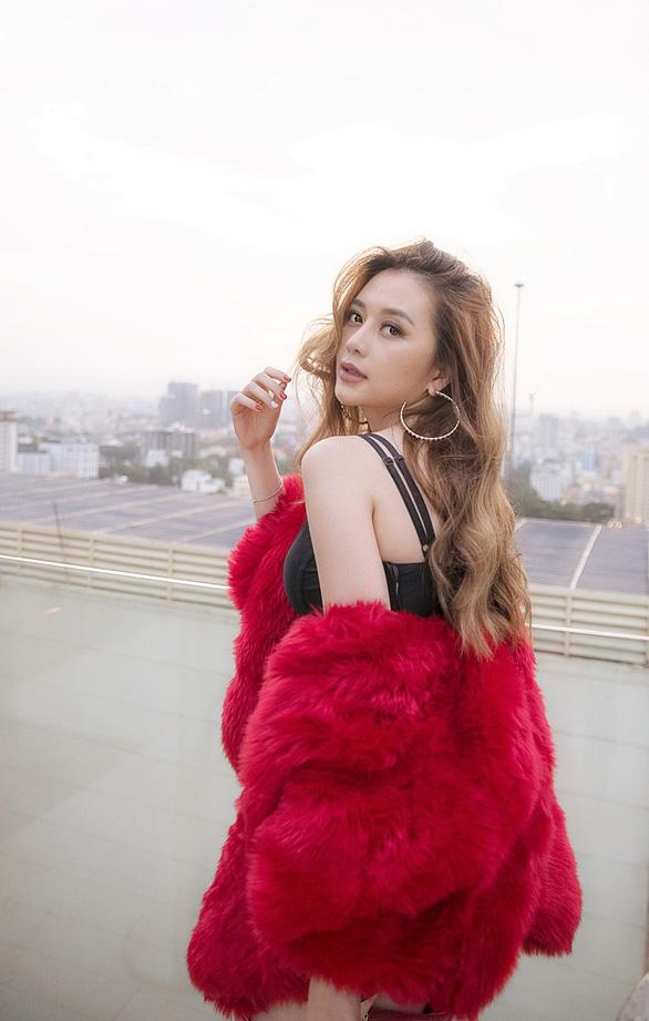 Thiều Bảo Trang hát nhạc xuân tự sáng tác: Xuân là để yêu  - Ảnh 3.