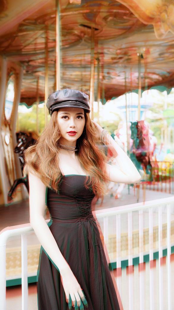 Thiều Bảo Trang hát nhạc xuân tự sáng tác: Xuân là để yêu  - Ảnh 4.
