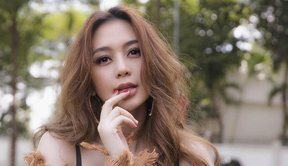 Thiều Bảo Trang hát nhạc xuân tự sáng tác: Xuân là để yêu  - Ảnh 1.