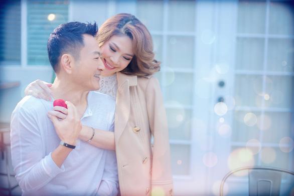 Thanh Thảo tình tứ cùng bạn đời trong album Valentine - Ảnh 4.