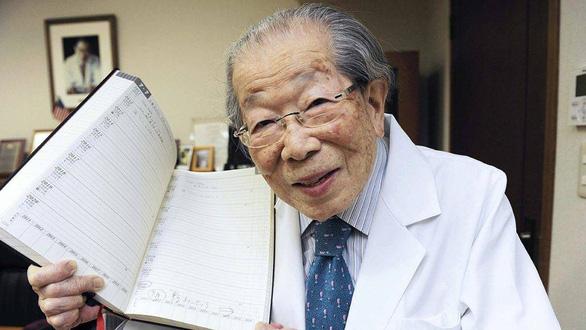 12 bí quyết trường thọ của bác sĩ Nhật Shigeaki Hinohara  - Ảnh 1.