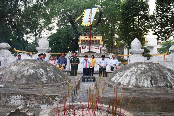 Tân Cảng Sài Gòn được nghỉ hai giờ trước khi làm hàng đầu năm - Ảnh 2.