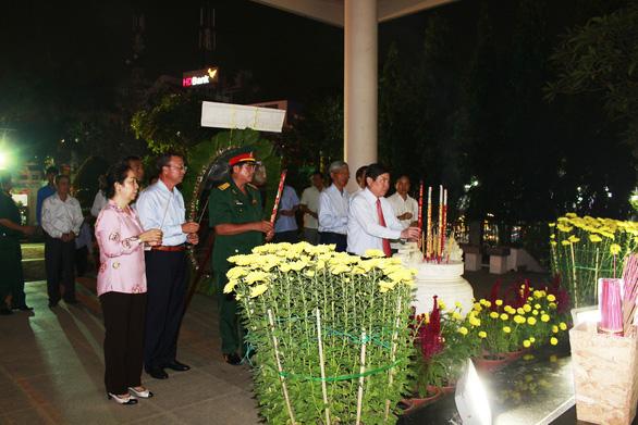 Tân Cảng Sài Gòn được nghỉ hai giờ trước khi làm hàng đầu năm - Ảnh 4.