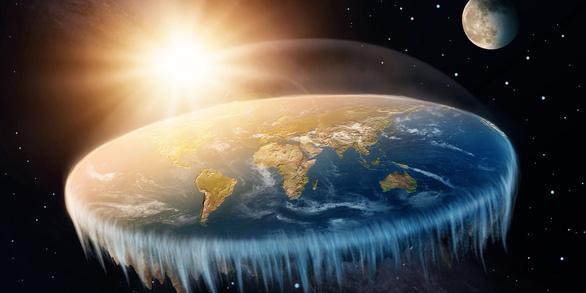 Mike khùng và giấc mơ chứng minh Trái đất phẳng - Ảnh 2.