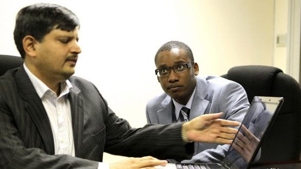 Tổng thống Nam Phi chết vì lợi ích nhóm như thế nào? - Ảnh 5.