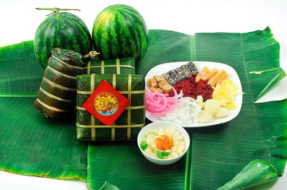 Các món ăn truyền thống dịp năm mới ở châu Á - Ảnh 1.