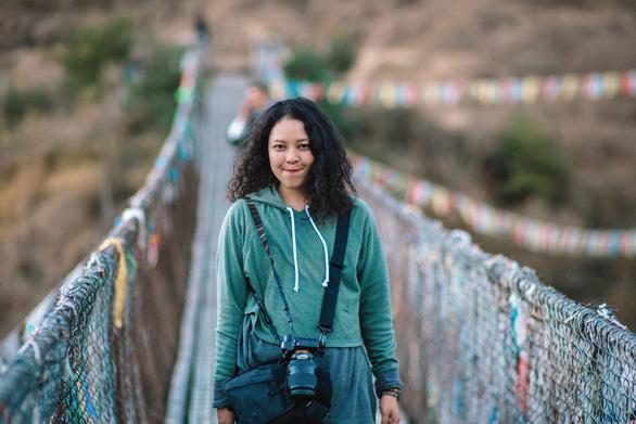 Hạnh phúc là mỉm cười ở Bhutan - Ảnh 1.