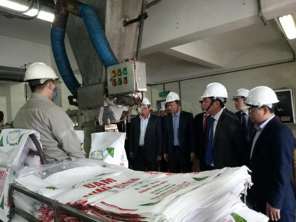 Nhà thầu Trung Quốc cù cưa, dự án nghìn tỉ không quyết toán được - Ảnh 2.