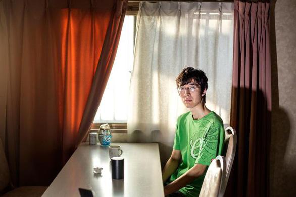 Cuộc sống người Nhật trong phòng kín qua ống kính nhiếp ảnh gia Việt - Ảnh 3.