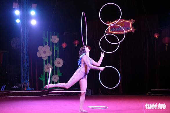 Thót tim xem video các màn trình diễn từ Gala xiếc quốc tế - Ảnh 9.