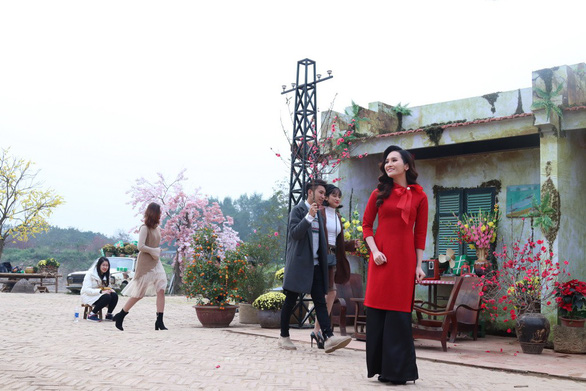 Hoa hậu Sao Mai kết hợp Châu Đăng Khoa làm MV mùa xuân - Ảnh 5.
