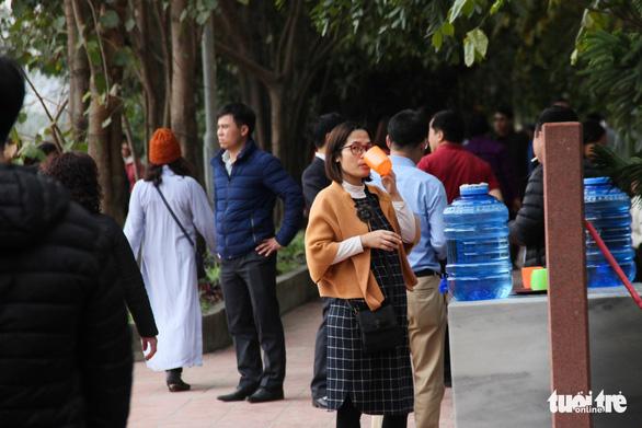 Bạch Đằng Giang hút khách vì không: thu phí, rác, kinh doanh - Ảnh 7.